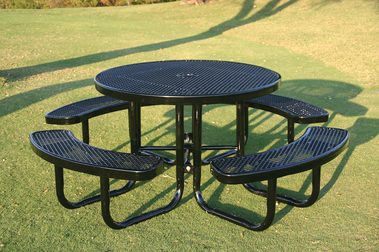 round portable picnic table mytcoatmytcoat. Black Bedroom Furniture Sets. Home Design Ideas
