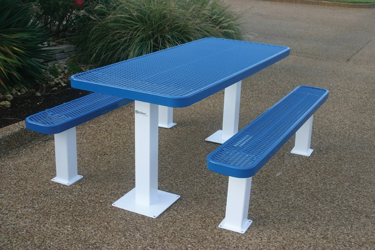 Independent Pedestal Picnic Table